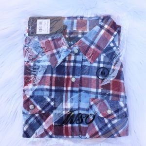 NWT blue & red plaid long sleeve flannel shirt